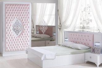 Milas Schlafzimmer